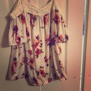 Floral Off the shoulder blouse.